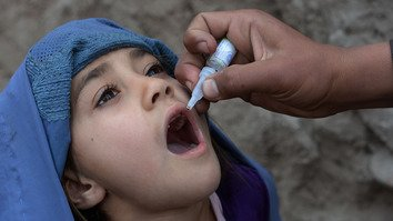 Synchronised efforts along Afghan-Pakistani border raise hopes of polio eradication