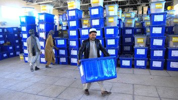 Afghans head to polls in key parliamentary election