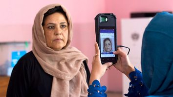 Observers commend transparency efforts in Afghan presidential election