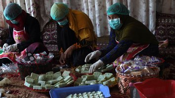 Former addicts stay clean at Kabul soap factory
