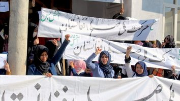 Kunduz residents demand immediate intra-Afghan peace talks