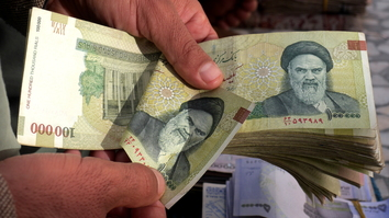Herat authorities counter dollar smuggling with ban on Iranian rials