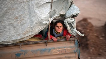 Russia-backed offensive in Syria leaves nearly a million homeless, desperate