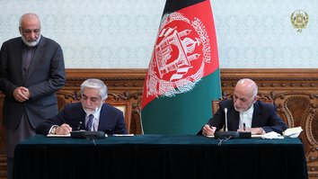 Renewed hopes for peace talks as Ghani, Abdullah end political impasse