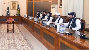 Taliban face pressure from all sides to end violence, start intra-Afghan peace talks