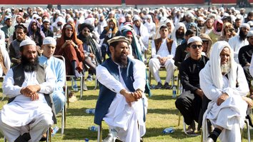 Over 1,300 religious scholars, students gather for peace in Jalalabad