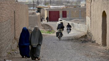 Taliban aid crackdown spreads fear over treatment of women