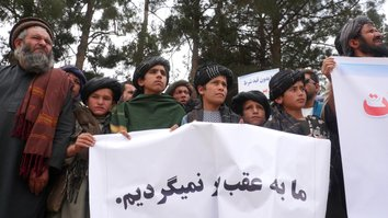 Herat residents rally for peace, slam Taliban's false 'jihad'